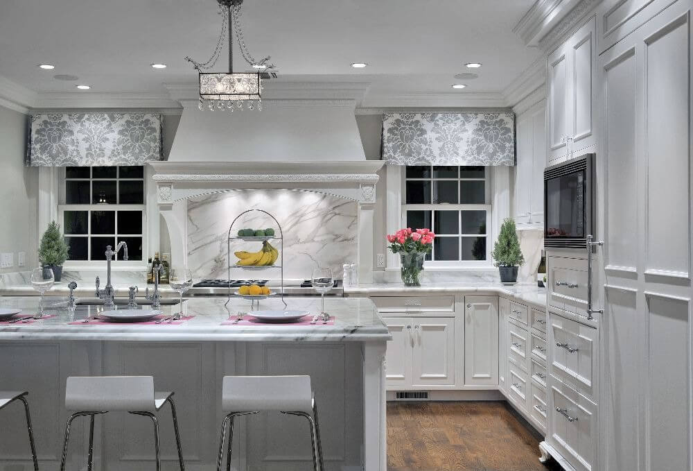 Chicago Zwhitekitch7 Super White Countertops .